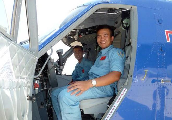 Chàng phi công đầu tiên lái thủy phi cơ qua 5 quốc gia về Việt Nam - Ảnh 9.