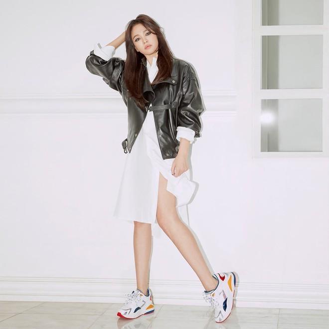 Âm thầm xuất hiện hậu ly hôn Song Joong Ki, Song Hye Kyo bất ngờ trở thành chủ đề bàn tán vì sự thay đổi đặc biệt này - Ảnh 6.