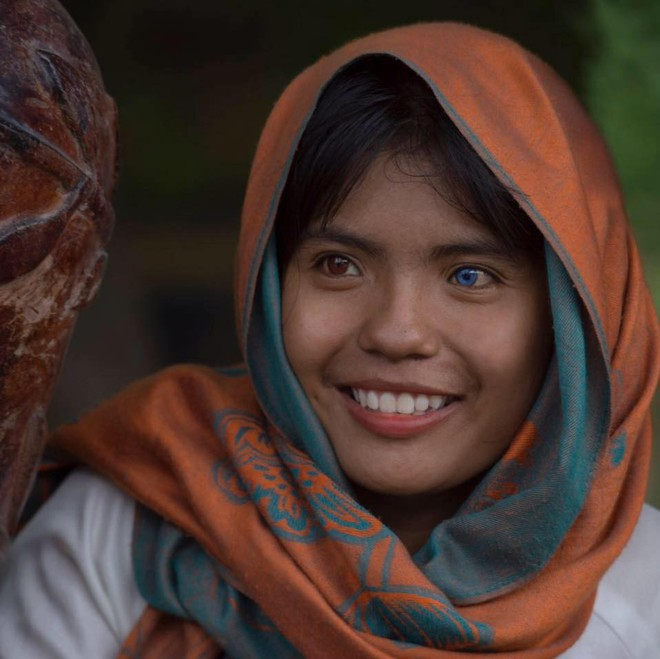 Nhiếp ảnh gia người Pháp và hành trình đi tìm màu mắt lạ của hai cô gái Việt Nam - ảnh 10