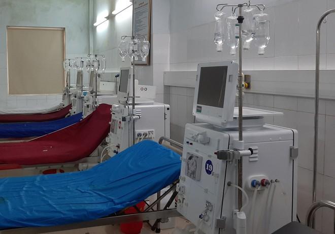 Vụ 6 bệnh nhân sốc khi chạy thận: Hệ thống lọc nước máy chạy thận vừa được kiểm tra, bảo trì - Ảnh 1.