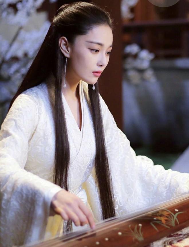 Trương Lệ Hoa - Vị phi tần tai tiếng bậc nhất trong lịch sử Trung Quốc đã dùng tài sắc thâu tóm cả triều đình như thế nào? - Ảnh 2.