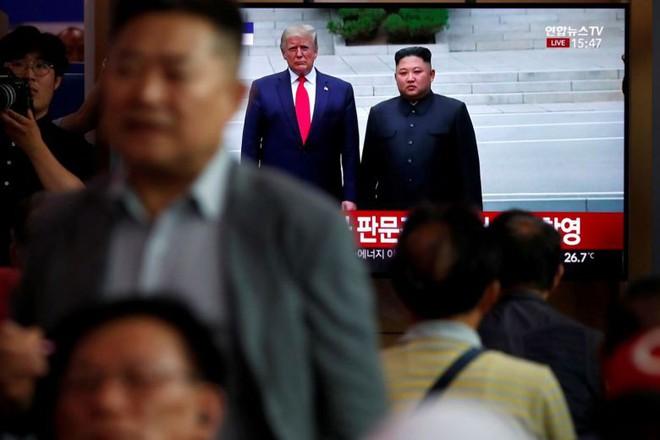 Triều Tiên vừa phóng tên lửa, Mỹ bày tỏ hy vọng nối lại đàm phán hạt nhân - Ảnh 2.