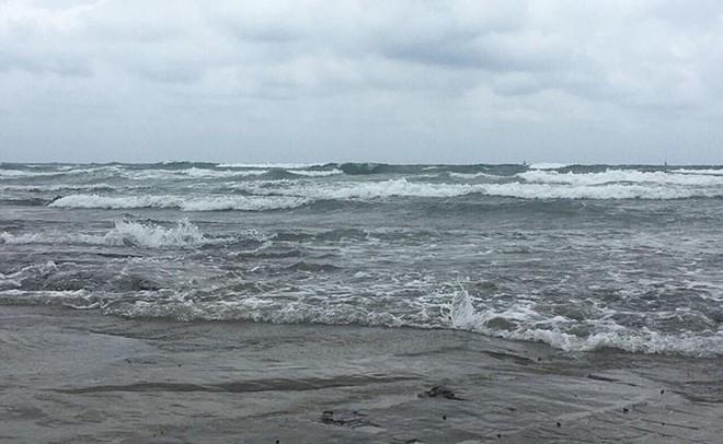 Hình ảnh mới nhất tại Quảng Ninh và Hải Phòng trước giờ bão số 3 đổ bộ - Ảnh 11.
