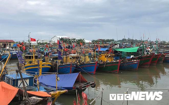 Hình ảnh mới nhất tại Quảng Ninh và Hải Phòng trước giờ bão số 3 đổ bộ - Ảnh 13.