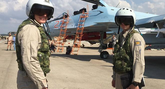 Từ Syria trở về, phi công Nga phải có súng PP-2000: Khẩn cấp, vì sinh mạng quý hơn vàng! - Ảnh 1.