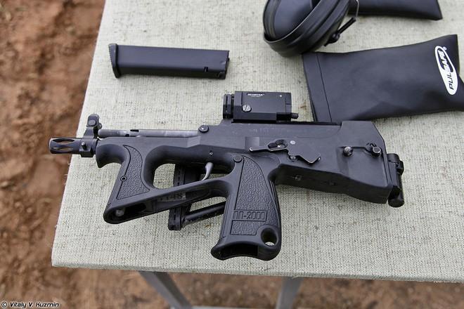 Từ Syria trở về, phi công Nga phải có súng PP-2000: Khẩn cấp, vì sinh mạng quý hơn vàng! - Ảnh 2.