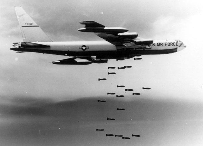 Vũ khí tối mật của PK Việt Nam đánh bại máy bay B-52 ở Trường Sơn: Mỹ không kịp trở tay - Ảnh 1.