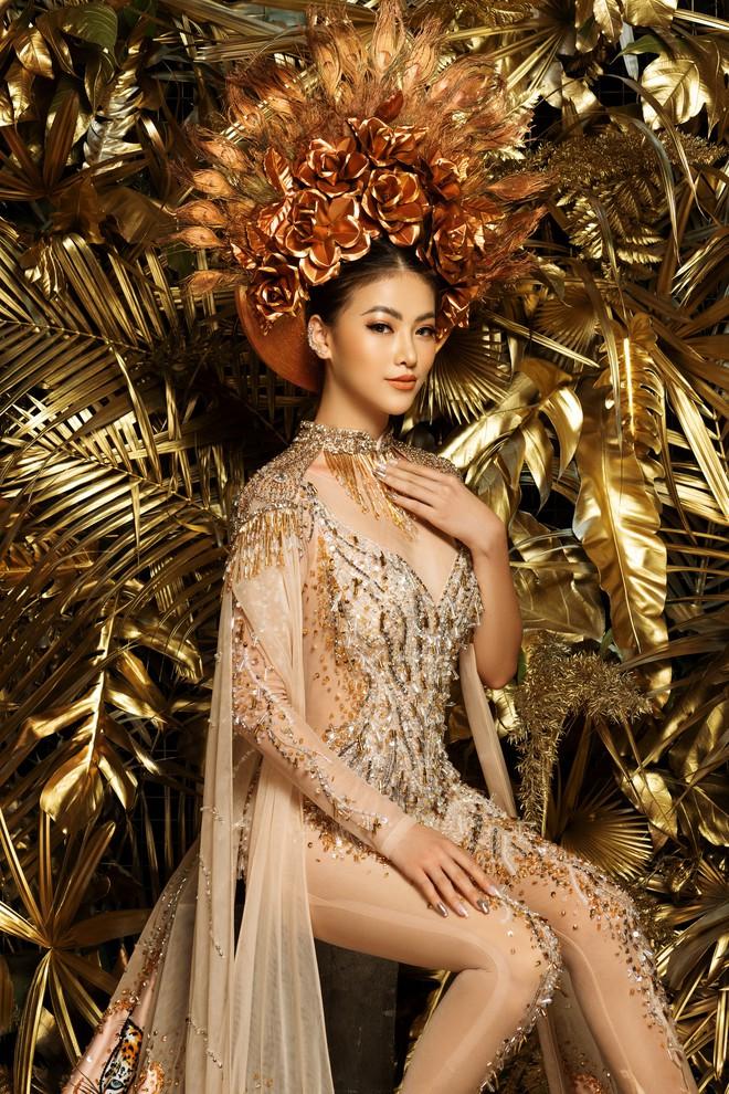 Phương Khánh khoe vẻ gợi cảm khi mặc lại trang phục gây ấn tượng tại Miss Earth - Ảnh 2.