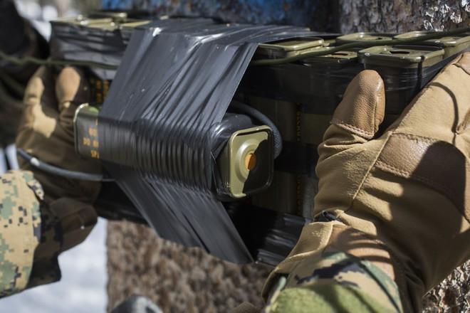 Chân tướng kẻ thủ ác giết chết 2 đặc nhiệm Mỹ-Anh và 2 nữ chiến binh Kurd ở Syria - Ảnh 2.