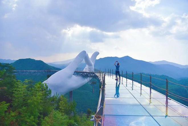 Đâu chỉ mỗi Cầu Vàng, Trung Quốc còn có hàng loạt phiên bản nhái của các địa điểm nổi tiếng thế giới - ảnh 3
