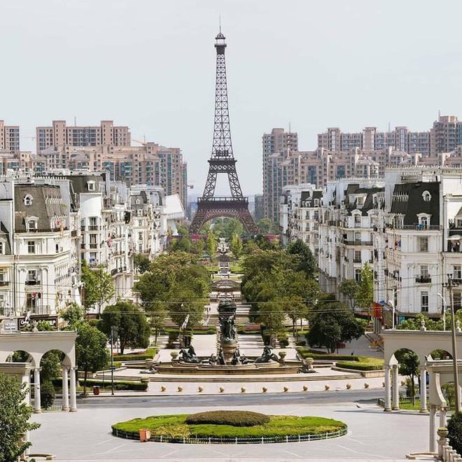Đâu chỉ mỗi Cầu Vàng, Trung Quốc còn có hàng loạt phiên bản nhái của các địa điểm nổi tiếng thế giới - ảnh 7