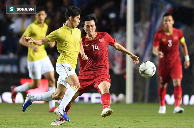 Tuyển Thái Lan giao hữu kín, triệu tập thêm cầu thủ U23 cho trận gặp Việt Nam - Ảnh 1.
