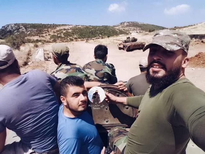 Phiến quân sụp đổ ở Syria - Mỹ, Israel dồn dập luyện quân, căng thẳng tăng vọt - Ảnh 8.