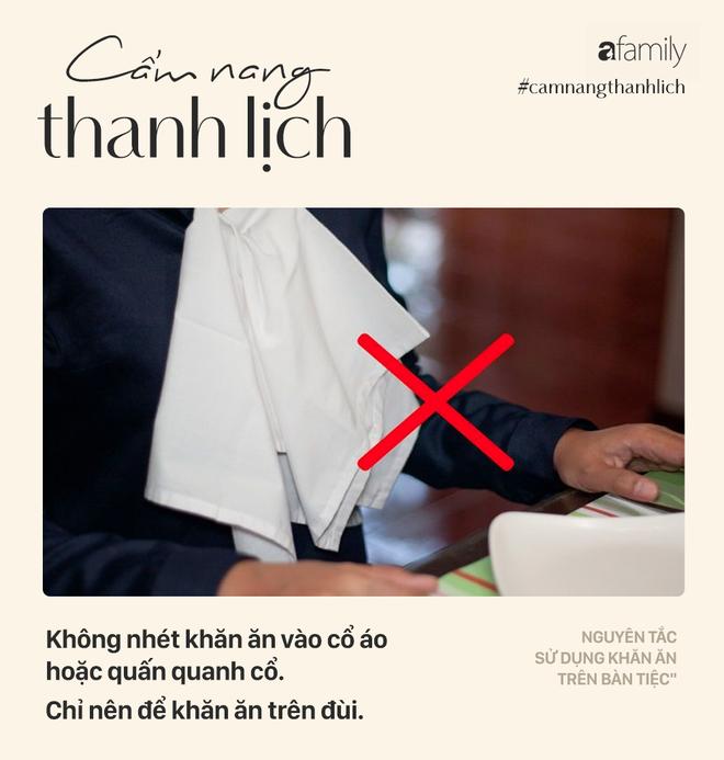 Biết 7 nguyên tắc sử dụng khăn ăn này bạn sẽ trở thành người lịch sự tại mọi bữa tiệc - Ảnh 3.