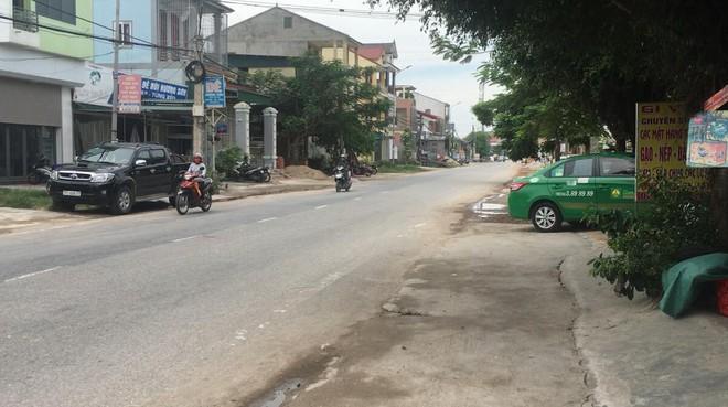 GĐ CA Nghệ An: Tài xế taxi đã lột hết quần áo cháu nhỏ nhưng không thực hiện được hành vi hiếp dâm - Ảnh 1.