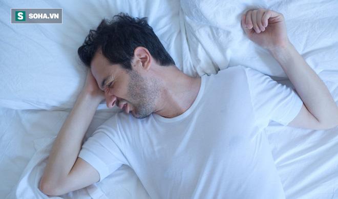 Người có 3 đặc điểm này khi ngủ, hãy cẩn thận đề phòng tử vong bất ngờ không kịp cứu - Ảnh 1.