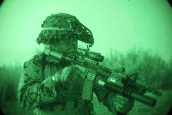 Thiết bị quan sát đêm: Lịch sử và tương lai của trang bị tối cần thiết trong quân sự - Ảnh 7.