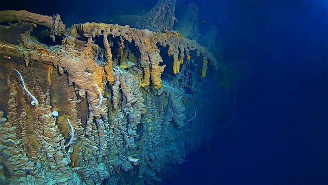 Những hình ảnh mới nhất gây sốc về số phận hiện tại của Titanic - Ảnh 2.