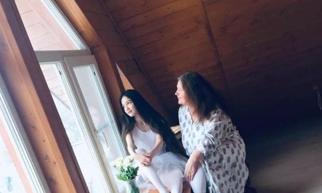 Em gái Lâm Tây sở hữu chiều cao 1m65 và thần thái cuốn hút ở tuổi 12 - Ảnh 7.