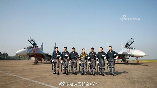 Báo Trung Quốc nói gì về tiêm kích Su-30MK2 hiện đại nhất của Không quân Việt Nam? - Ảnh 1.
