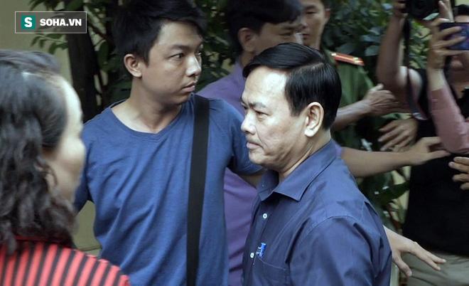 Nguyễn Hữu Linh choáng váng sau khi tòa tuyên án 1 năm 6 tháng tù - Ảnh 4.