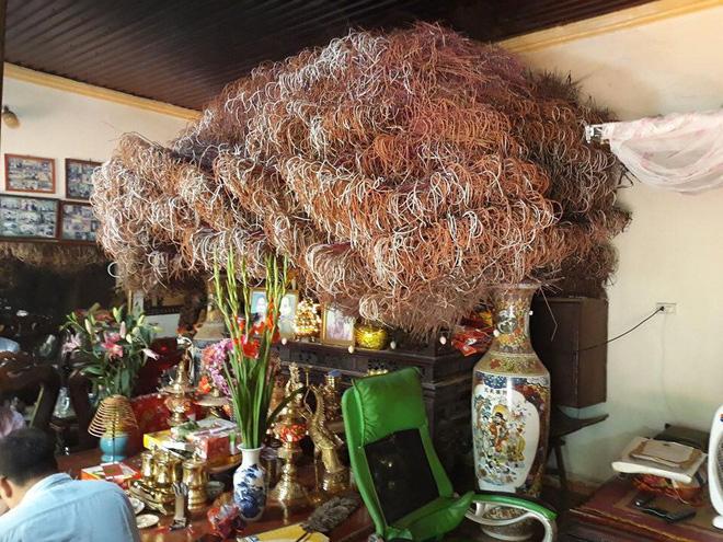 Bát hương khổng lồ ở Phú Thọ, dân mạng trầm trồ khen ngợi rồi lo lắng vì một nguy cơ - ảnh 1