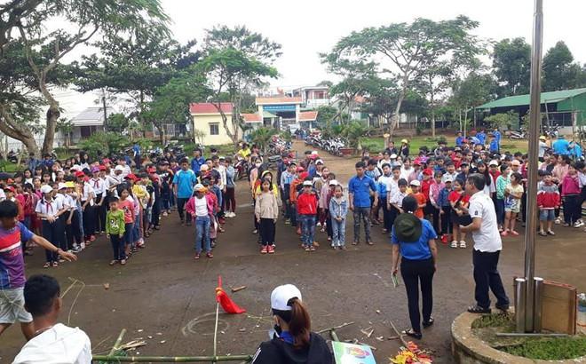 Hàng chục học sinh tham dự hội trại hè 2019 nhập viện sau bữa cơm tối
