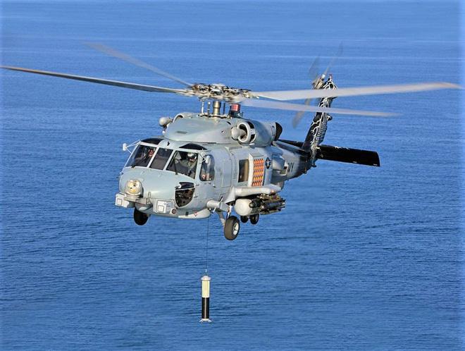 """""""Soi"""" sát thủ toàn năng Sikorsky MH-60R """"Diều hâu biển"""" - Ảnh 1."""