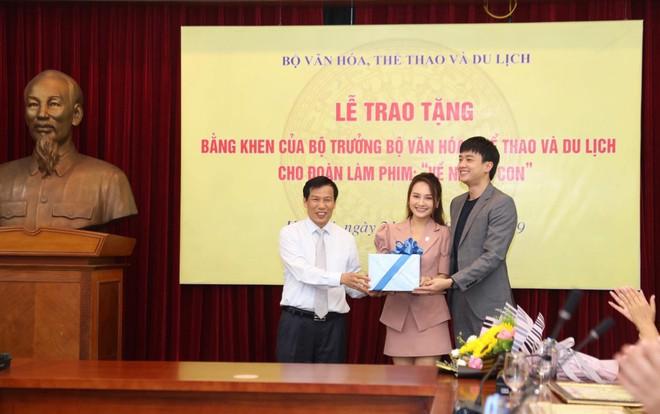 Về nhà đi con: Khải - Trọng Hùng lên tiếng về việc không được tặng bằng khen của Bộ VH-TT&DL - Ảnh 2.