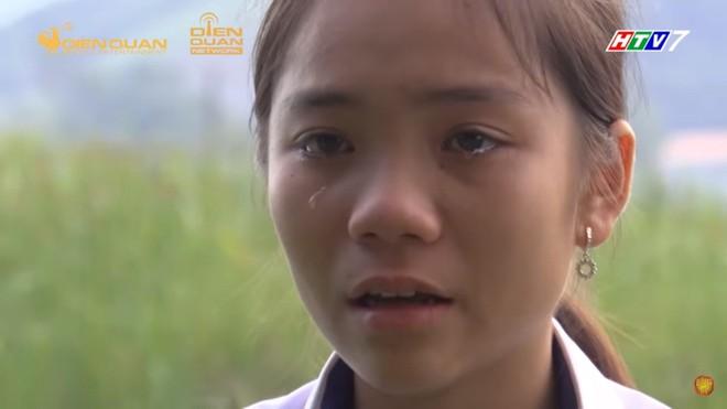 Xót xa trước bé gái 12 tuổi bị xa lánh vì bố mẹ nhiễm HIV, Trấn Thành tặng tiền mặt - Ảnh 4.