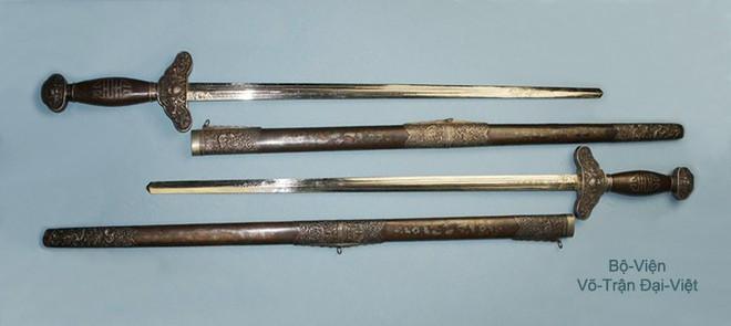 Các thanh gươm sắc bén và lợi hại của dân tộc Việt Nam một thời - Ảnh 1.