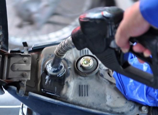 7 mẹo đổ xăng vừa tiết kiệm vừa tránh gian lận bạn cần luôn ghi nhớ - Ảnh 2.