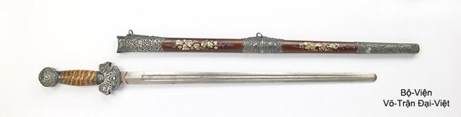 Các thanh gươm sắc bén và lợi hại của dân tộc Việt Nam một thời - Ảnh 2.