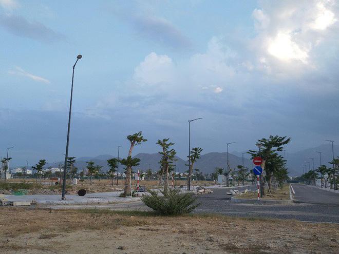 Cận cảnh các dự án đất vàng khiến lãnh đạo tỉnh Khánh Hoà bị đề xuất kỷ luật - Ảnh 4.