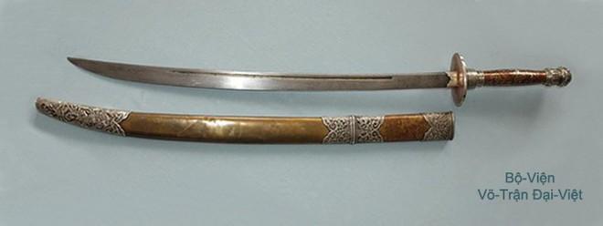 Các thanh gươm sắc bén và lợi hại của dân tộc Việt Nam một thời - Ảnh 4.