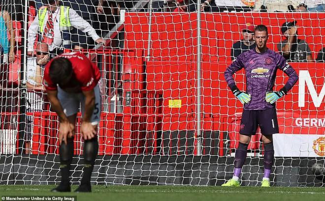 Man United thất bại, chuyện đâu lạ ở xứ Sương mù!