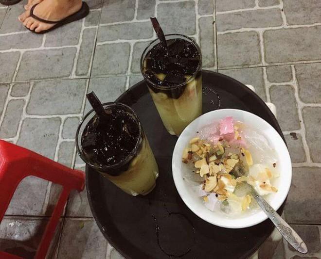 Đi ăn chè nổi tiếng phố cổ, nhóm bạn bị đuổi thẳng vì 5 người gọi 3 cốc nhưng diễn biến sau đó mới thật bất ngờ - Ảnh 2.