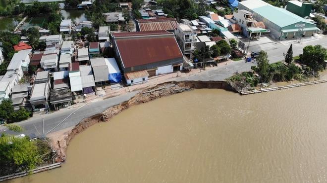 Flycam: Rùng mình với cảnh Quốc lộ 91 ở An Giang bị nuốt chửng - Ảnh 5.