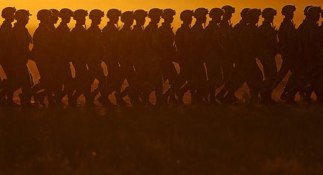 Bệnh hòa bình: Điểm yếu chí tử của Quân đội Trung Quốc - Ảnh 5.