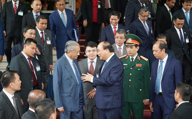 Toàn cảnh lễ đón Thủ tướng Malaysia 94 tuổi thăm chính thức Việt Nam - ảnh 13