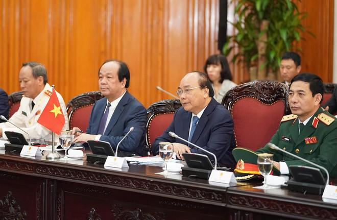 Toàn cảnh lễ đón Thủ tướng Malaysia 94 tuổi thăm chính thức Việt Nam - Ảnh 7.
