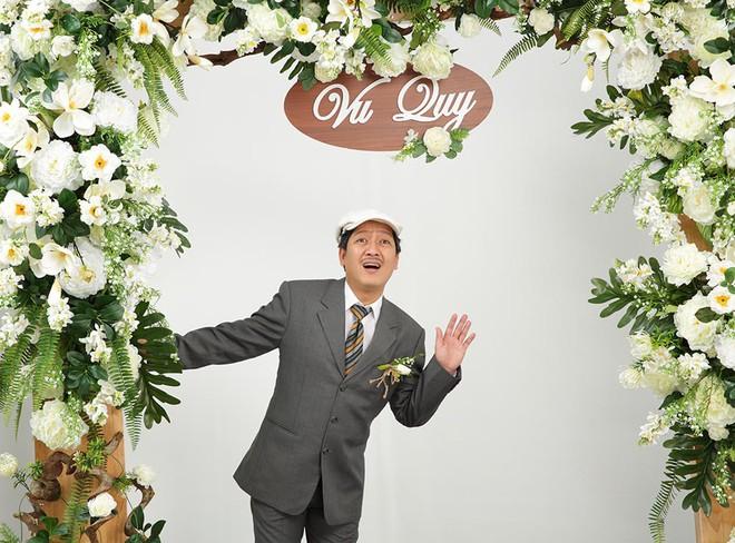 Ảnh cưới hài hước của Trường Giang và mẫu Tây - Ảnh 4.