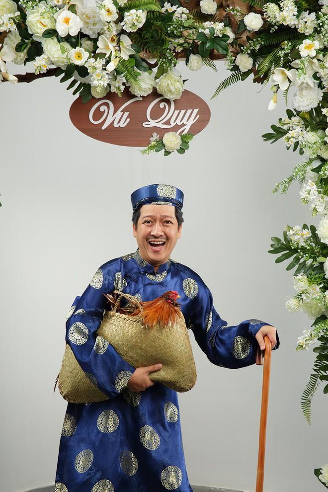 Ảnh cưới hài hước của Trường Giang và mẫu Tây - Ảnh 1.