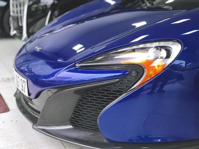 Ngắm siêu xe mui trần màu xanh cực độc, giá hơn 9 tỷ đồng ở Hà Nội - Ảnh 3.
