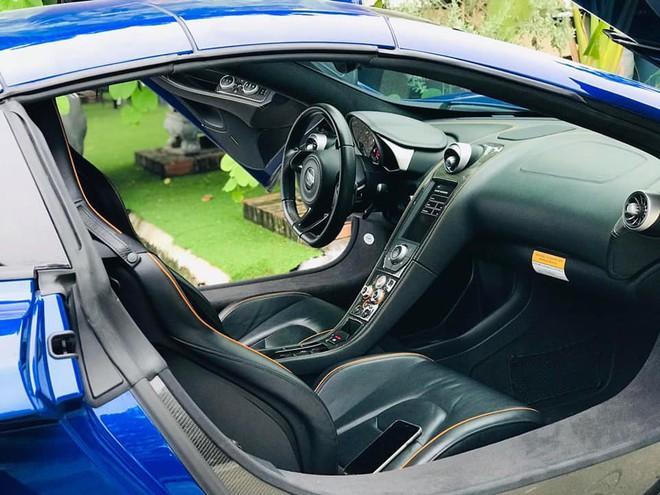 Ngắm siêu xe mui trần màu xanh cực độc, giá hơn 9 tỷ đồng ở Hà Nội - Ảnh 5.
