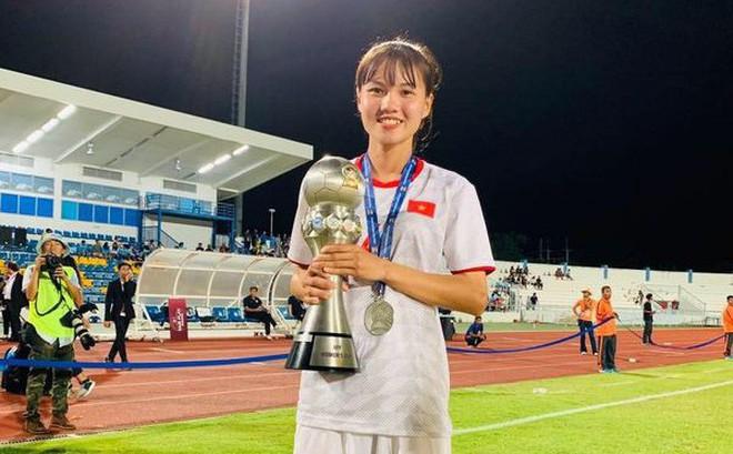 Ngắm hoa khôi tuyển nữ Việt Nam trong ngày vô địch Đông Nam Á
