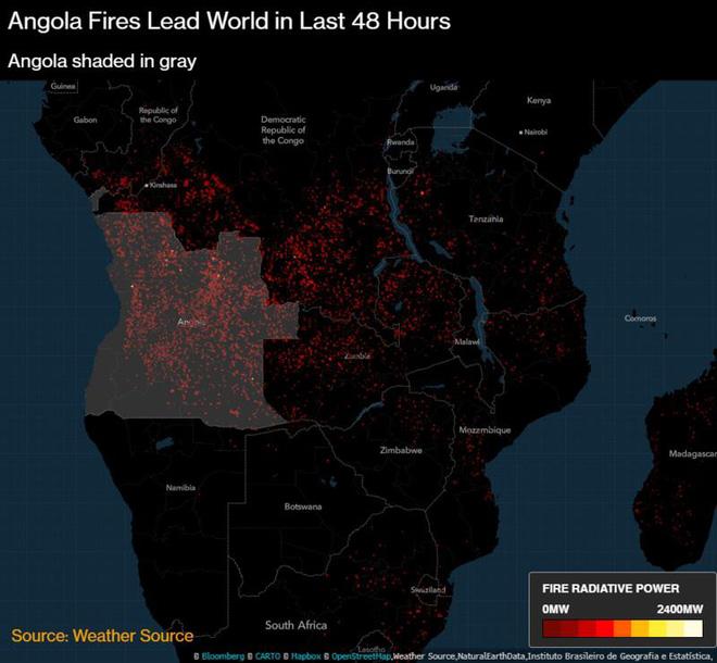Bloomberg: Cháy rừng khủng khiếp ở Brazil cũng chỉ xếp thứ 3 về số lượng - Ảnh 1.