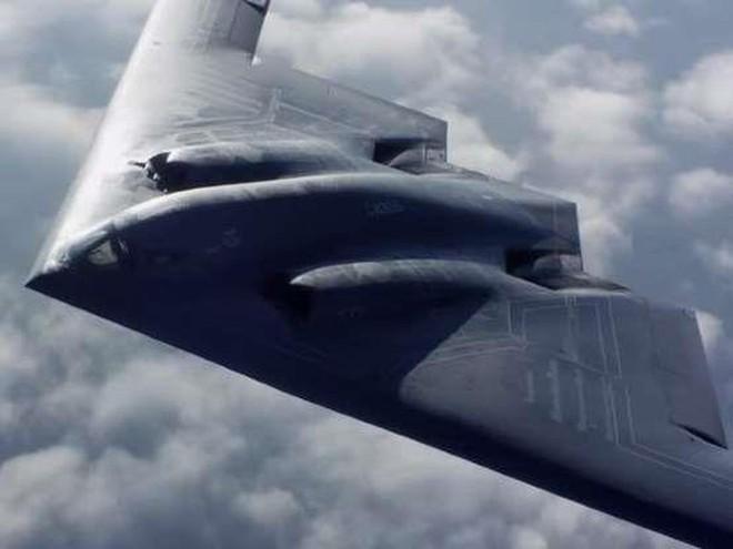 Mỹ đưa 3 máy bay ném bom tàng hình hạt nhân B-2 Spirit đến Anh - Ảnh 3.