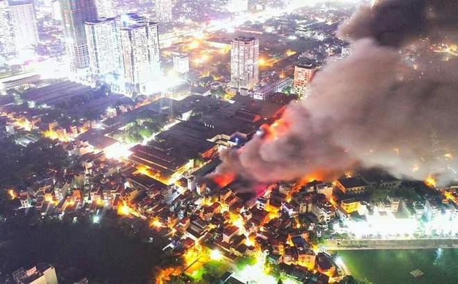 Tổng diện tích kho xưởng xảy ra cháy ở công ty bóng đèn phích nước Rạng Đông lên tới 6000m2