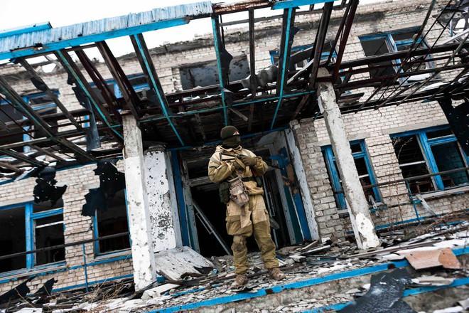 Nhà tài phiệt chống lưng tin đồn của tân TT Ukraine: Nga thua rồi, hãy buông bỏ Donbass đi! - Ảnh 2.